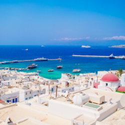 A Luxury Guide to Mykonos Fashion and Shopping
