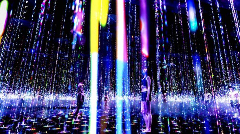 TeamLab and TikTok's immersive sauna exhibition in Tokyo